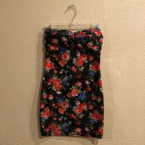 Black Floral Forever 21 Body Con Dress